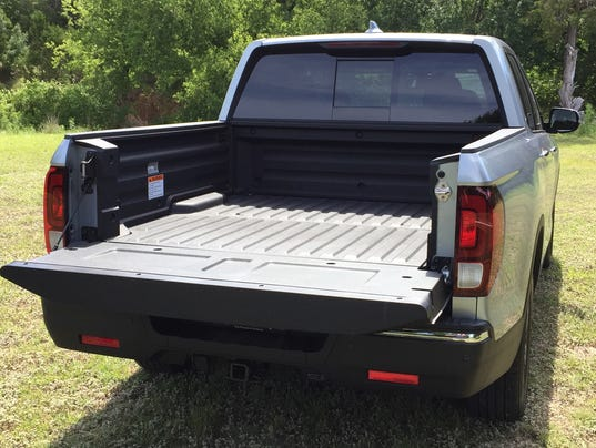 2017 Honda Ridgeline truck bed audio