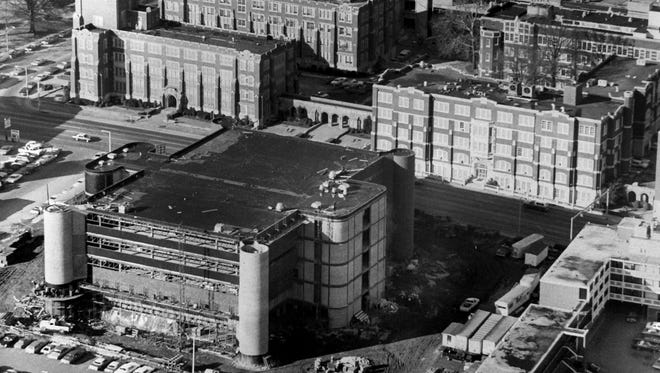 January 20, 1976 - The Winfield C. Dunn Building (lower left), which will house the University of Tennessee Health Science Center's College of Dentistry when construction is completed, is seen in this aerial view on Jan. 20, 1976. The building is named for former governor and Memphis dentist Winfield C. Dunn.
