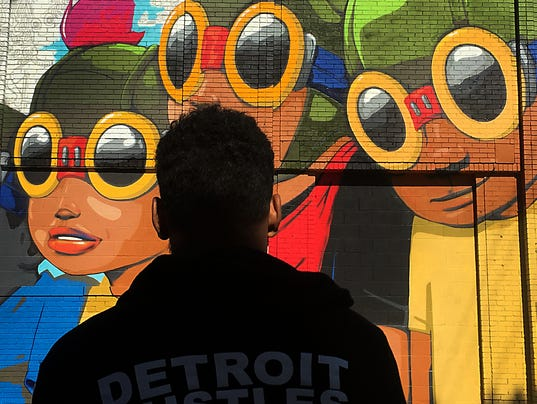 635787010407517910-mural-092415-dw-01