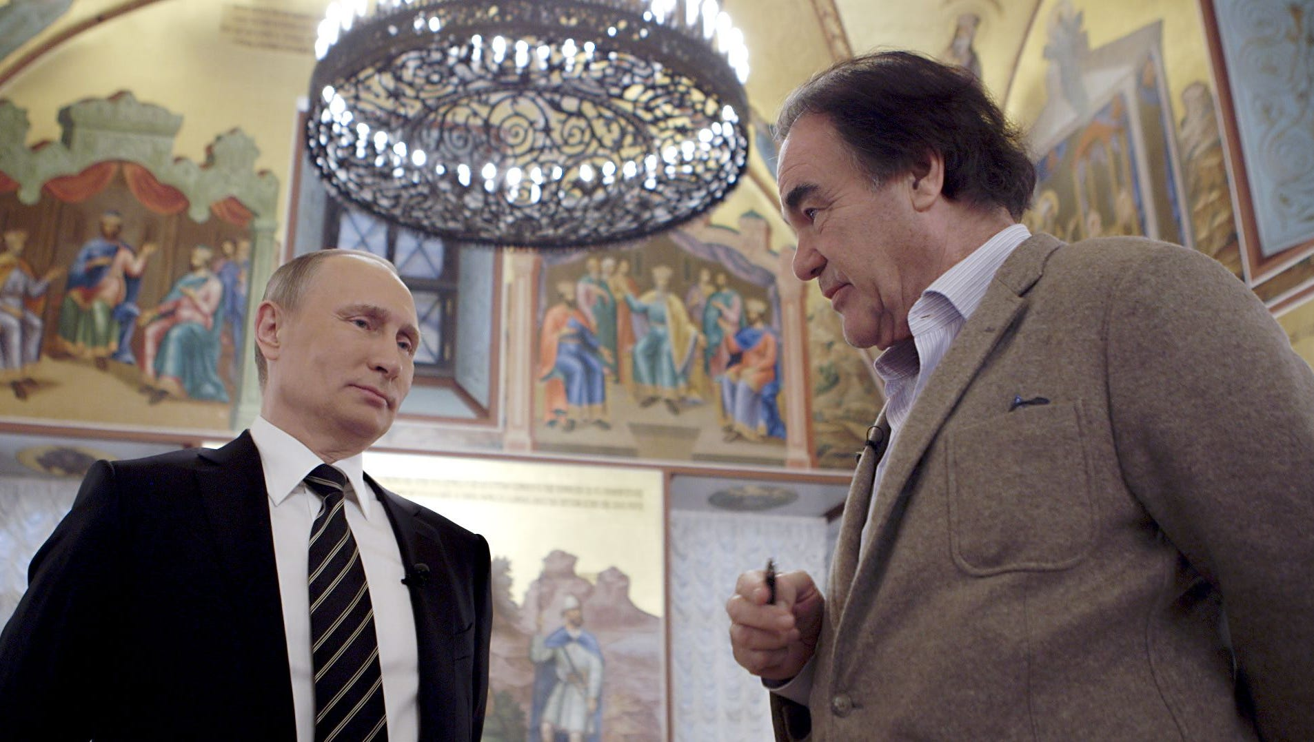Oliver Stone I Wasn T Trying For A Gotcha Moment With Putin Interviews