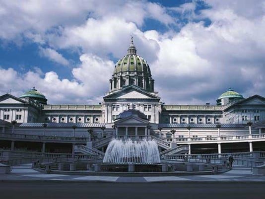 636045265894060614-Capitol-front-viewLarge.jpg