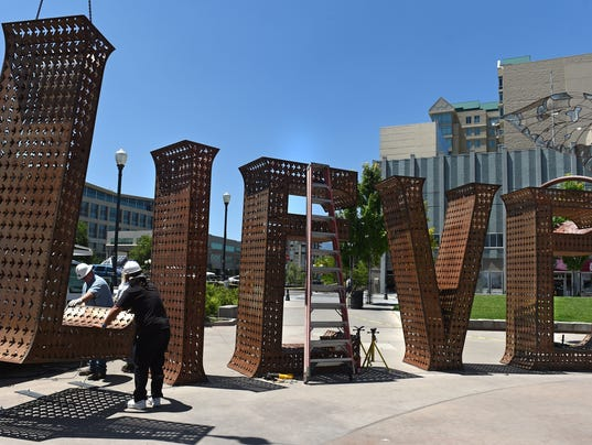 -Believe sculpture .jpg_20140610.jpg