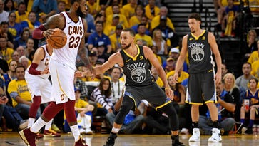 NBA Click & Roll: J.R.'s blunder, Steph Curry makes history and the 76ers' Twitter scandal