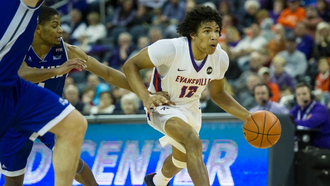 Evansville sophomore Dru Smith re-injured his right foot in Saturday's 72-55 loss at Missouri State.