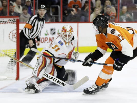 Wayne Simmonds,Chad Johnson