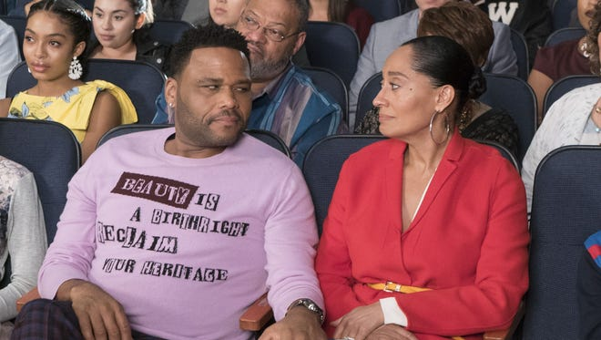 """Anthony Anderson as Dre and Tracee Ellis-Ross as Bow on """"Black-ish."""""""