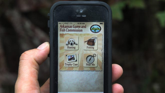 Hunters and anglers will be able to carry most of the necessary licensing paperwork on their mobile devices in 2017 if the Arkansas Game and Fish Commission goes through with the expected approval of its new computerized electronic licensing plan at its January Commission meeting.