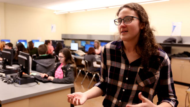 "Casey Chaffin, a West Salem High School senior, leads a journalism club meeting at Straub Middle School in West Salem on Thursday, Feb. 23, 2017. West Salem High School and Straub Middle school students are working together on ""Stories for Salem"", a project highlighting diversity in Salem. The project will be unveiled at a free presentation on April 7 at West Salem with special guest speakers."