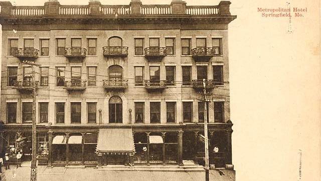 Front of the Metropolitan Hotel