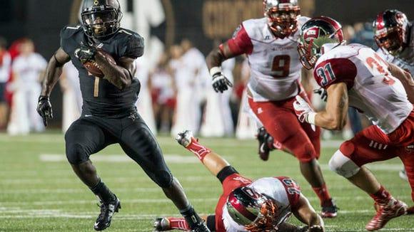 Vanderbilt tailback Ralph Webb takes a carry in the