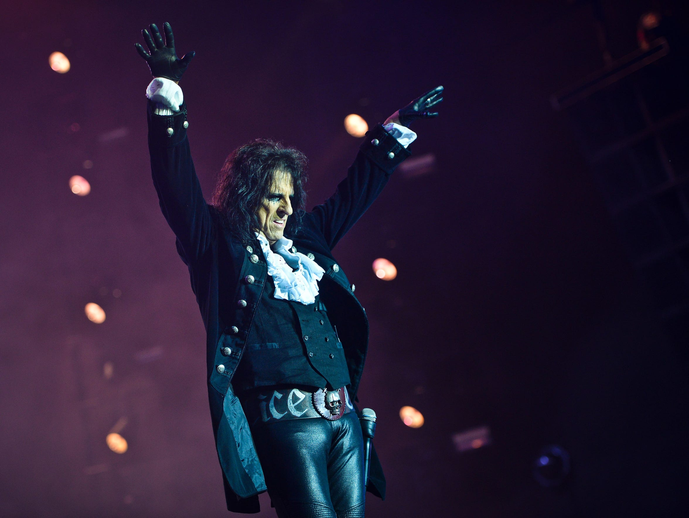 Alice Cooper has a June 7 date with the Fox Cities