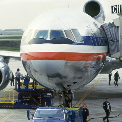 Mitch Albom: Guess who the government wants to help? The airlines