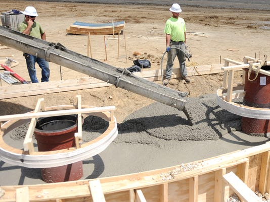 635842194492425043-BUC-0806-Water-treatment-plant-construction-1.jpg