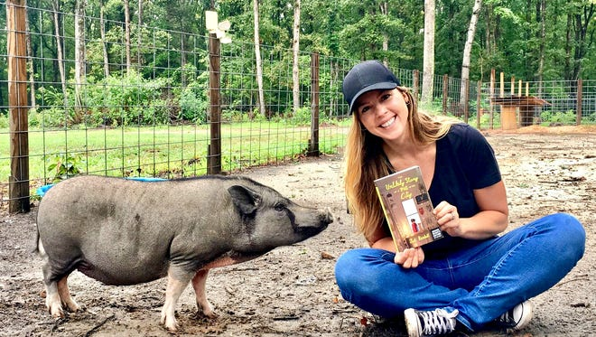 Jodi (Razgaitis) Kendall, a graduate of Delaware Valley Regional High School, is publishing her first children's book with Harper Collins in October.