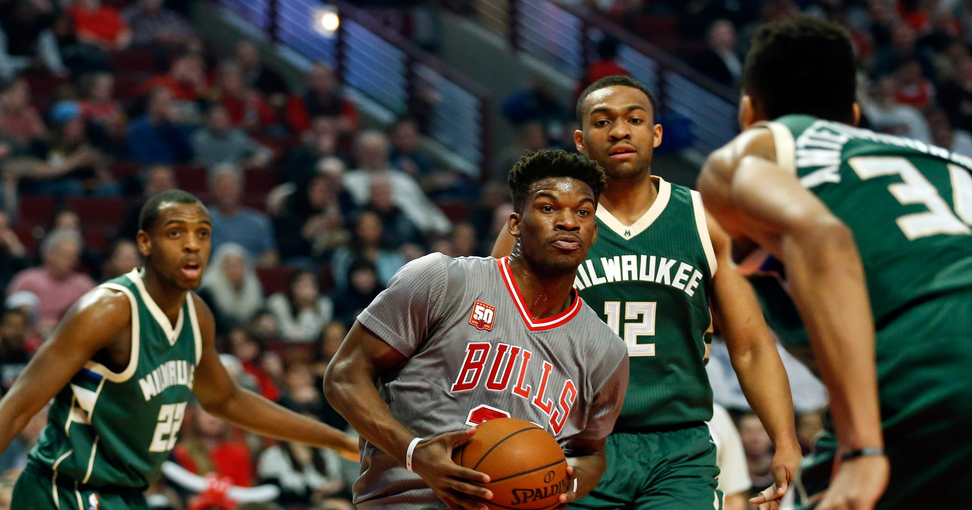 264603fc7d61 Jimmy Butler scores 32 points to lead Bulls over Bucks
