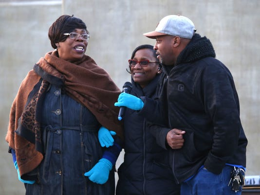 Crime Victims and Survivors Candleight Vigil in Asbury Park
