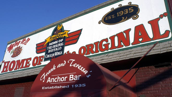 """Anchor Bar in Buffalo, N.Y. on Oct. 5, 2005.  The Anchor Bar is credited with inventing """"Buffalo style"""" wings 50 years ago, but it's only one of a number of eateries in the Buffalo area that services the famous dish these days."""