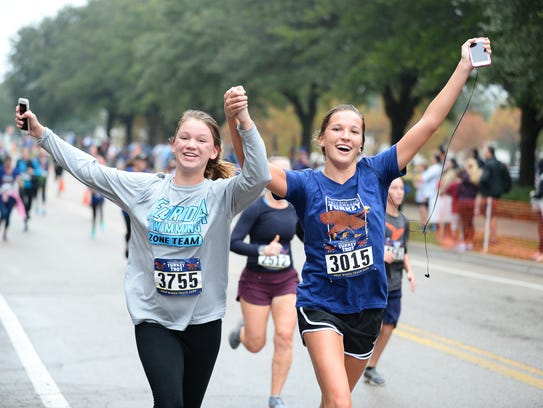 Thousands of runners showed up in Southwood, Thanksgiving