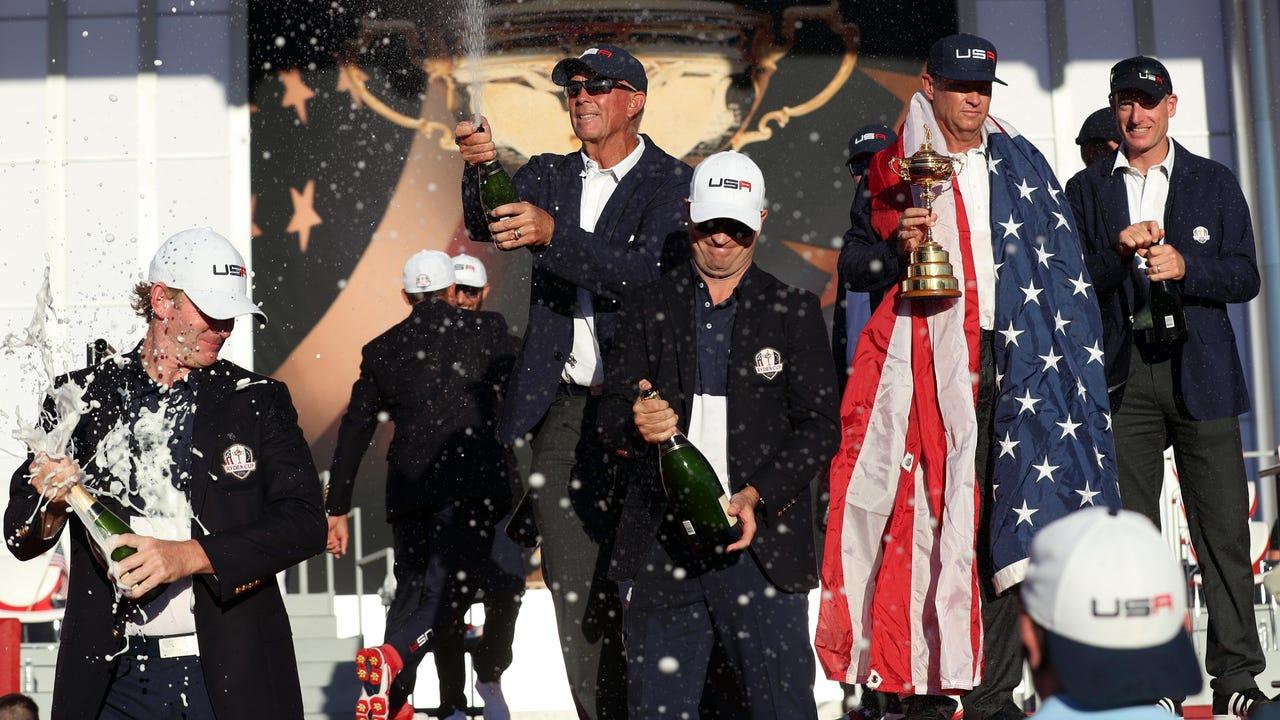 25e648ea5a4 U.S. team shows killer instinct in dominant Ryder Cup win