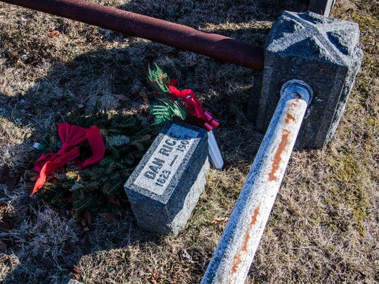 """The grave of Dan Rice, circus entertainer, """"the most famous man you've never heard of."""" Believed to be the model for """"Uncle Sam,"""" he was inducted into the Clown Hall of Fame in 1991."""