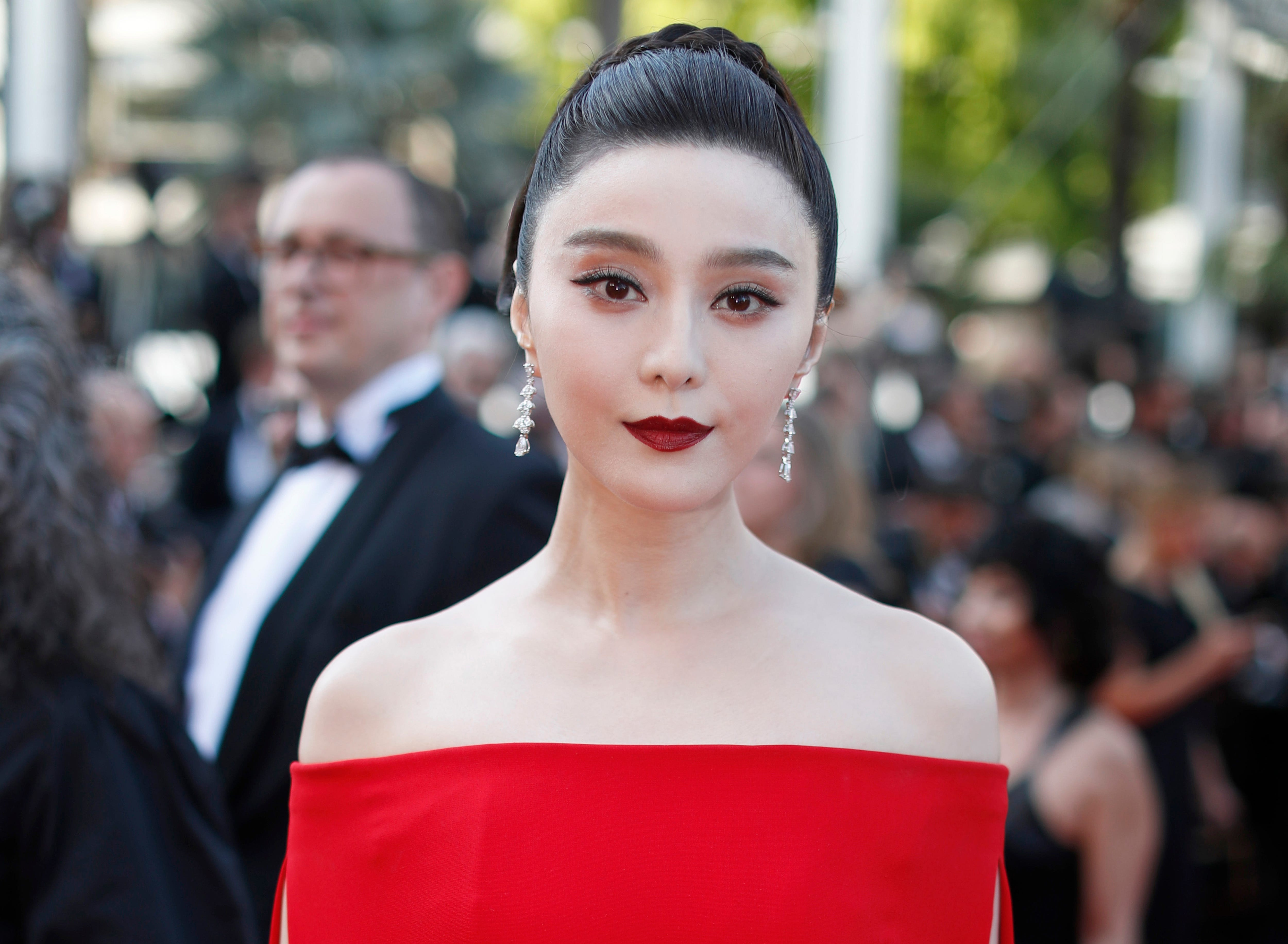 Discussion on this topic: Jean-Louis Roux, fan-bingbing/