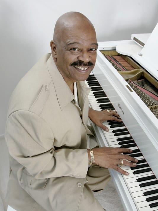 Indianapolis gospel music entrepreneur Al Hobbs dies