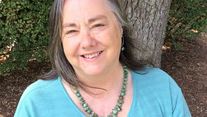 Karen Kendall-Fite is running as a Democrat for the Williamson County commission.