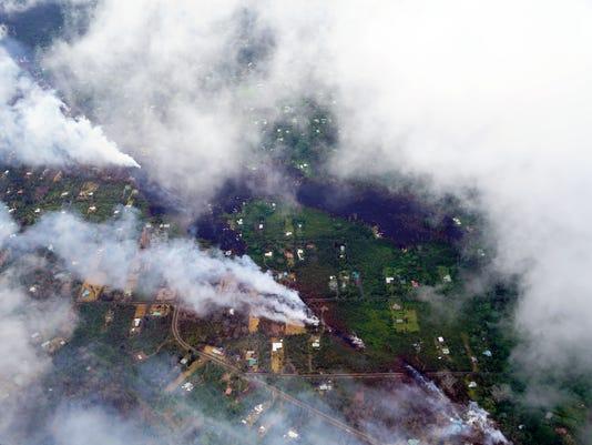 636618759590810272-XXX-XXX-Hawaii-lava-aerials-2018-Trevor-Hughes1820.1.jpg