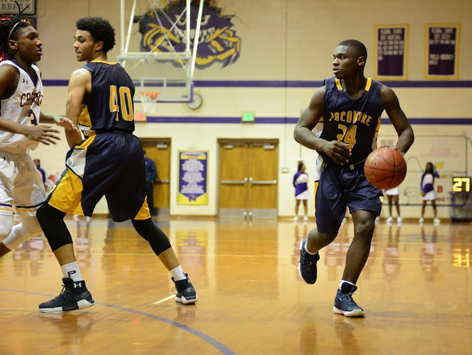 Pocomoke's Tyree Thorton sets up the offense against