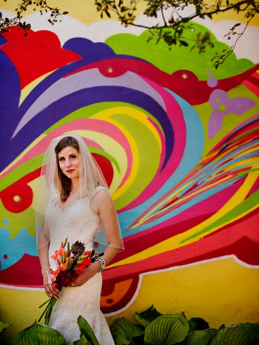 635769843047864092-20150826-bp-weddingfashion-08