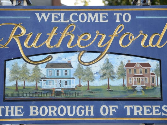 Rutherford welcome sign