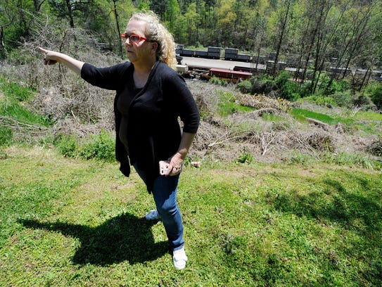 Parrish, Ala., Mayor Heather Hall discusses the nearby