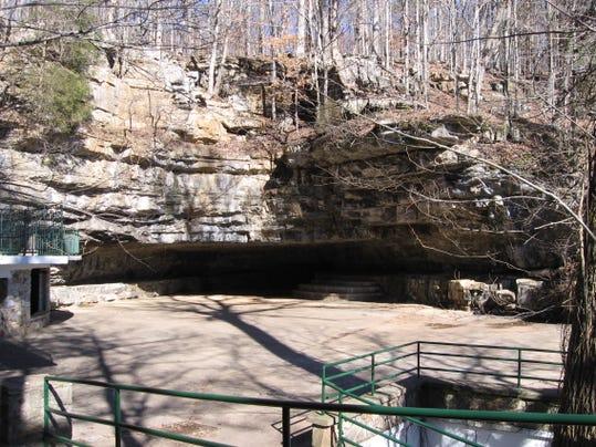 -cave entrance.jpg_20080205.jpg