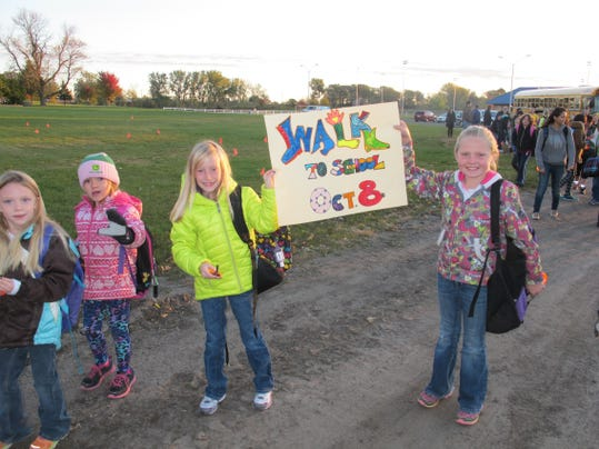 STC 1027 CT International Walk to School Day 1.jpg