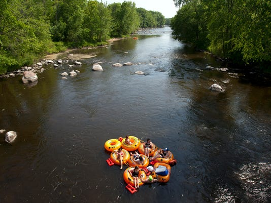 tubing - wolf river