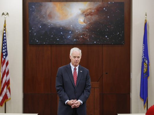 U.S. Sen. Ron Johnson makes an appearance at Orion
