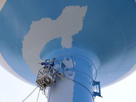 636643092104042074-Water-tower.jpg