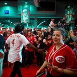 Reds' middle infield could remain crowded