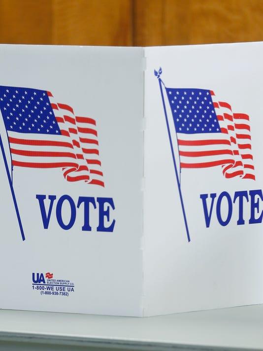 635966816896243407-CO-Polling-041916-K-Metro.jpg