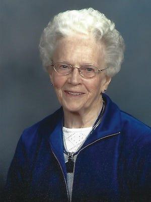 Vivian Hinrichs, 92