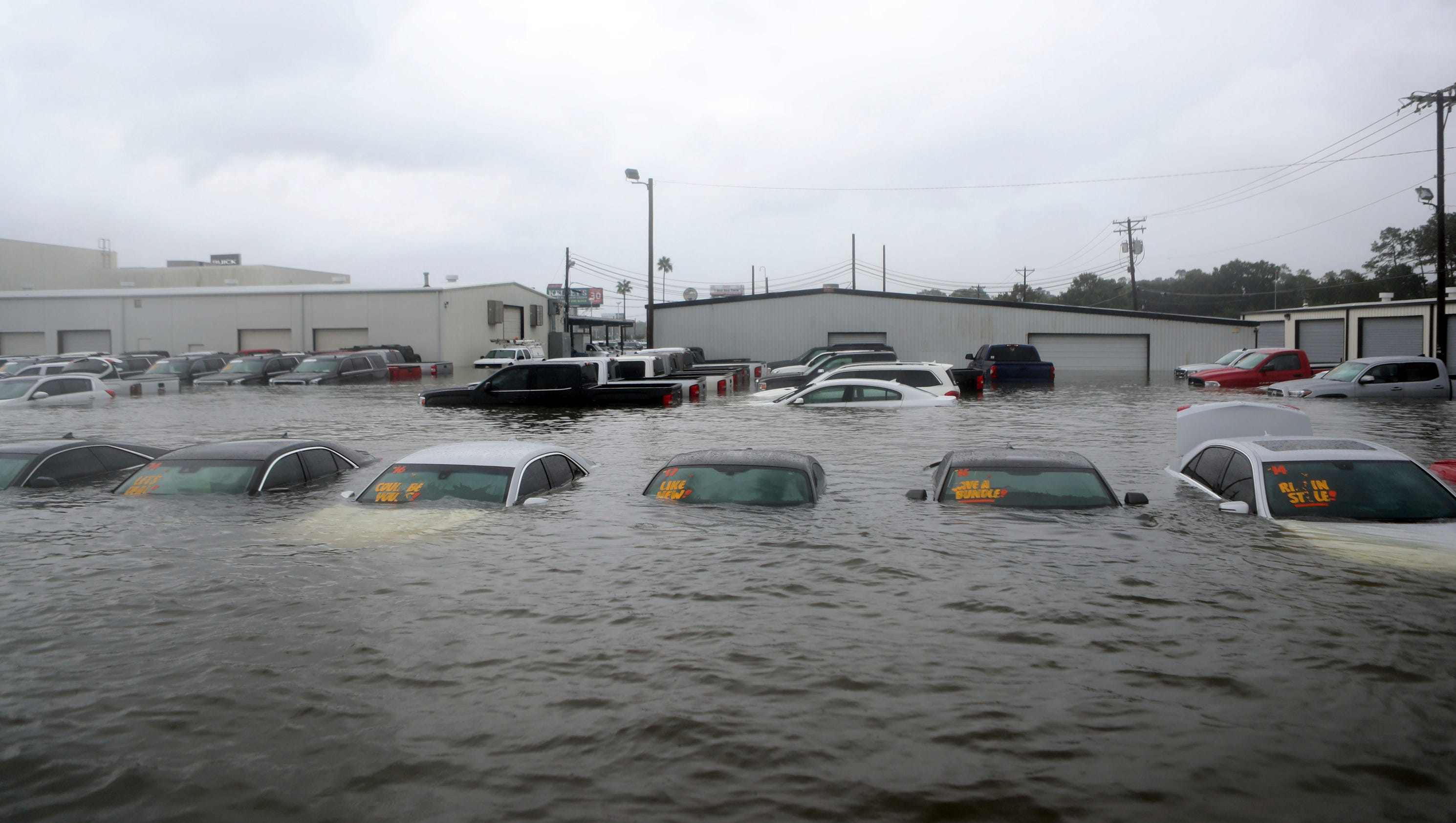 Ford Dealerships In Houston >> Hurricane Harvey weakens U.S. auto sales until cars can be replaced