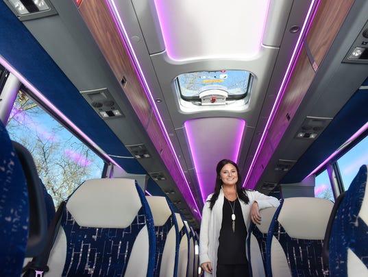 636518896354667900-Super-buses-1.jpg