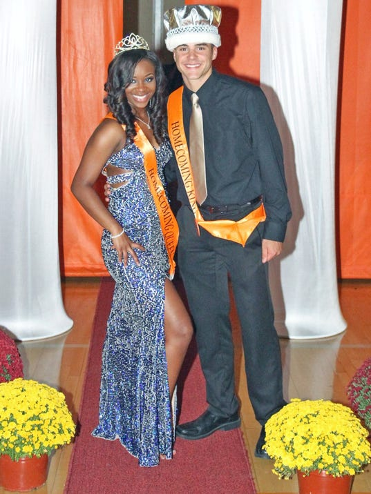 2015 CRHS Homecoming Queen and King
