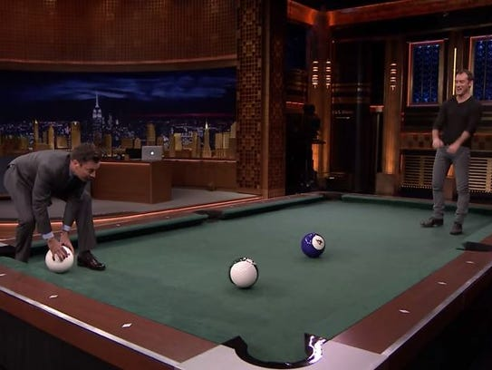 Jimmy fallon reads weddingfail tweets for Pool game show