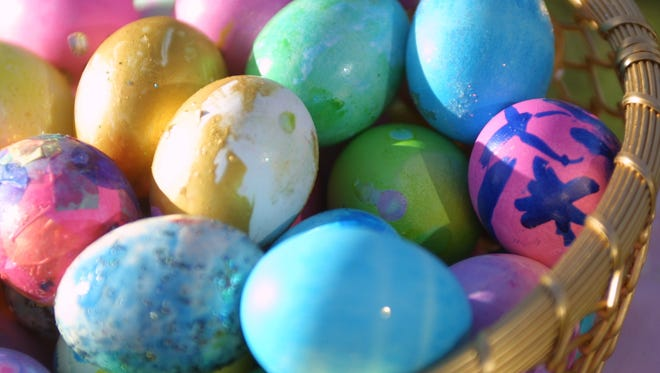 Beautiful Easter eggs require perfect boiled eggs.