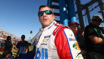Tony Stewart  returns to his first love: sprint cars
