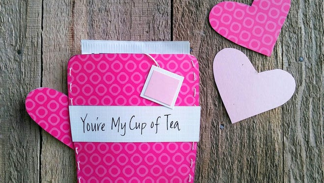 Create a thoughtful tea-themed card for friends or coworkers.