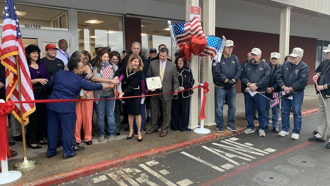 A ribbon-cutting ceremony was held Tuesday to celebrate the grand opening of the new VA Hudson Valley Health Care System clinic at 100 Pike St. in Port Jervis.