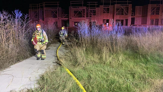 Austin fire officials on Monday said a fire in Northeast Austin destroyed a six-bay garage of an apartment complex that is under construction. No one was injured in the fire, officials said.
