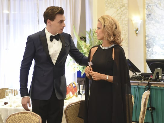 Erich Bergen, left, and Tea Leoni appear in an episode